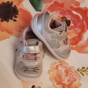 Stride Rite Kitty Sneakers Size 3